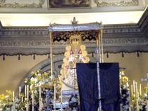 Inmaculado Corazón de María frente a la Virgen del Rocío