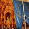 Simpecado del Inmaculado Corazón de María frente a la Virgen del Rocío